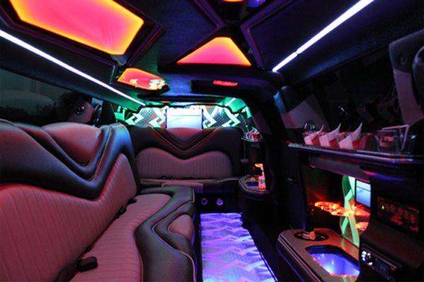 Chrysler 300 Limo Rental Dallas 8 Passengers